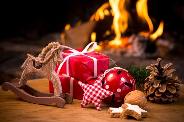 Julbord och Trubadurunderhållnig